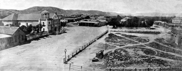 JW-LosAngeles-Plaza-1869